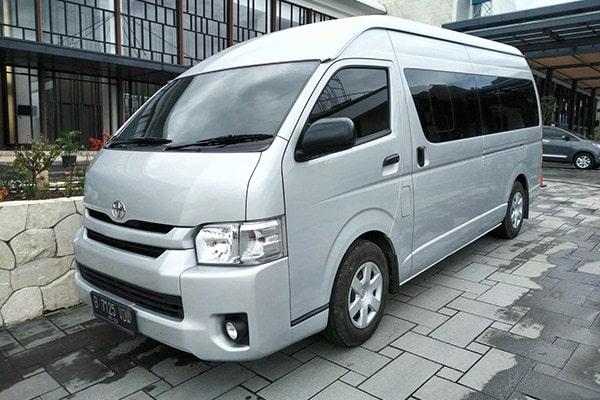 medium hiace Boavista Rent Car (Copy)-min